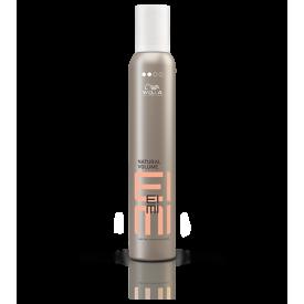 Wella Professionals EIMI Natural Volume erős hajformázó hab, 500 ml
